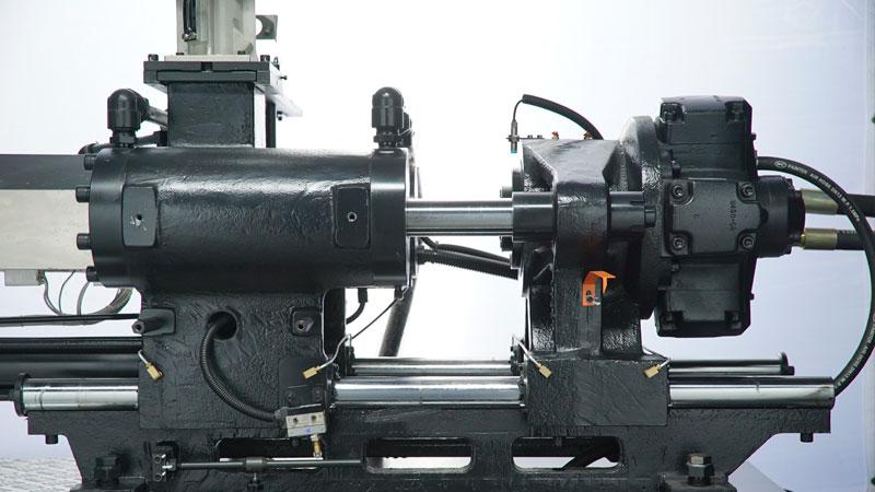 震雄节能注塑机SVP/3+系列,整体式射台结构