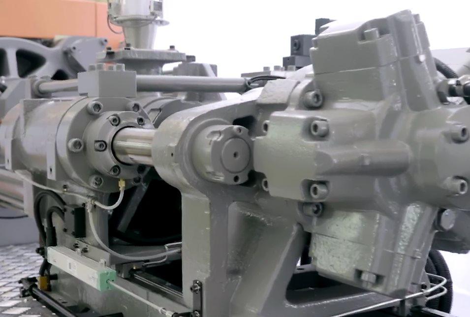 震雄伺服驱动注塑机MK6 | 射台线性导轨